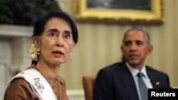 Amerika Prezidenti Barak Obama Oq uyda Myanma yetakchisi An San Suu Chini qabul qildi.