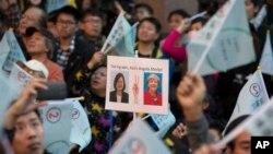 """民進黨支持者稱蔡英文為""""台灣的默克爾"""""""