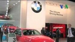 Pameran Mobil Mewah di Detroit, Michigan - Laporan VOA 11 Januari 2012