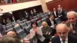 Talat Xhaferi zgjidhet kryetar i parlamentit te Maqedonise