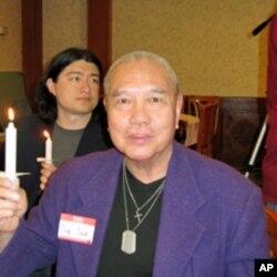 好莱坞演员邓竞存等多人也参加纪念六四
