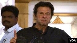 پاکستان تحریک انصاف کے سربراہ عمران خان