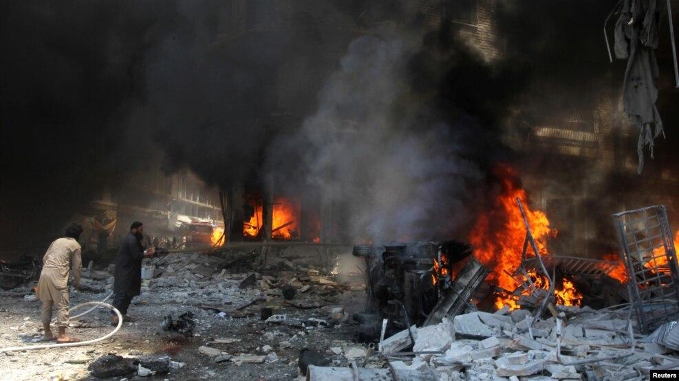 Koalice v čele s USA podnikla nálet na okolí Rakky, zahynuli civilisté