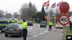 تا کنون ۲۳۰ نفر در دنمارک به خاطر سوار کردن پناهجویان در وسایط شان به قاچاق انسان متهم شده اند