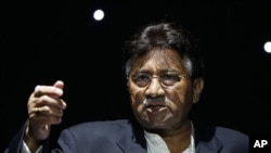 Pervez Musharraf, the former President of Pakistan, talks during a public rally of his new political party, the 'All Pakistan Muslim League' in Birmingham, England (File Photo)