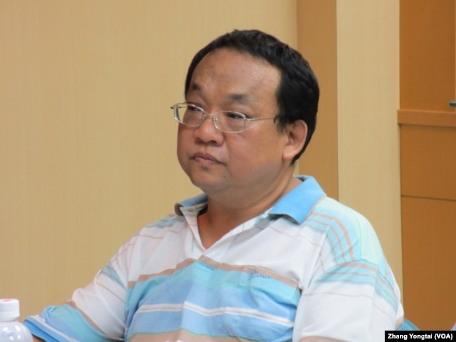 美麗島電子報專欄作家陳淞山(美國之音張永泰拍攝)