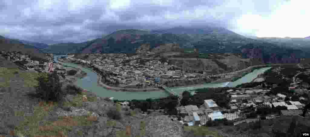 نمایی از شهر زیبای رودبار در گیلان عکس: نوید قربانی (ارسالی از شما)