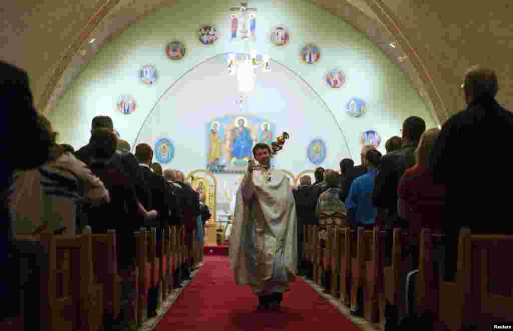 دنیا بھر میں مسیحی برادری نے ایسٹر کا تہوار مذہبی جوش و جذبے سے منایا۔