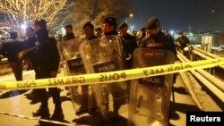 Specijalne policijske snage na mestu eksplozije u Istanbulu