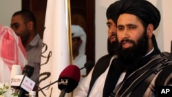 محمد نعیم، از سخنگویان طالبان از سفر این گروه ابراز بی اطلاعی کرد.