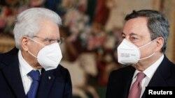 Фото: президент Італії Серджіо Маттарелла та прем'єр-міністр країни Маріо Драгі
