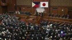菲律宾总统阿基诺赞扬日本抨击中国