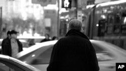 Nova istraživanja pokazala su vezu između ispušnih plinova iz vozila i kognitivnih funkcija u starijih osoba