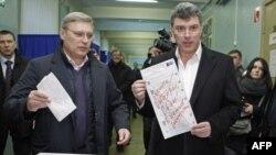 Лідери російської опозиції Михайло Касьянов і Борис Нємцов