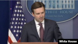 Josh Earnest, msemaji wa White House