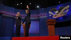 Debat pertama Presiden Obama dan Mitt Romney di Denver (3/10).