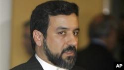 이란의 압바스 아락치 외무차관.