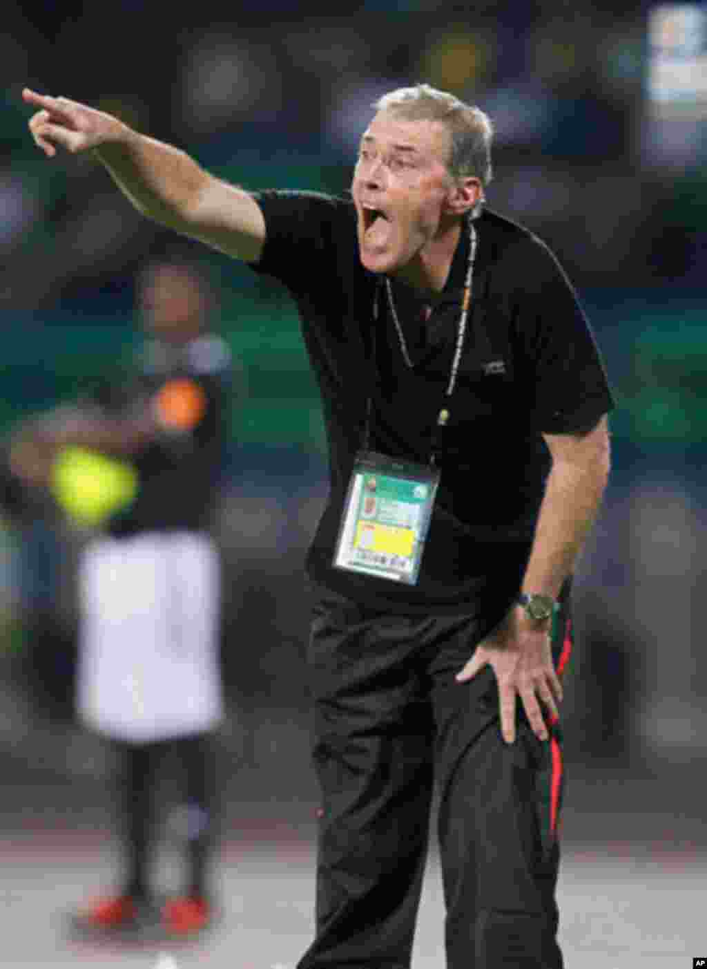 Guinea's head coach Michel Dussuyer reacts during their African Nations Cup Group D soccer match against Mali at Franceville Stadium