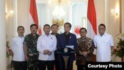 Presiden Joko Widodo di Istana Kepresidenan, Bogor, memberikan keterangan pers terkait aksi teroris di Rutan Mako Brimob Kelapa Dua Depok, Kamis, 10 Mei 2018. (Foto: Biro Pers Istana)