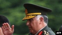 Ðại tướng Necdet Ozel đến gặp Thủ tướng Tayyip Erdogan tại Ankara, Thổ Nhĩ Kỳ ngày 29 tháng 7, 2011