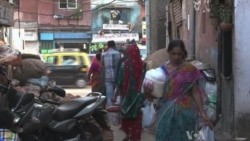 India's Tourism Industry Thrives on Largest Slum