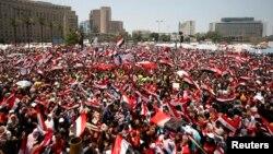 Xwepêşandana li dijî Serokê Misirî Mihemed Mursî li qada Tehrîr, Yekşem 30'ê meha 6, 2013.