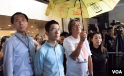 姚松炎(左起)、羅冠聰、梁國雄、劉小麗被法庭取消議員資格。(美國之音湯惠芸)