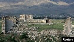 د نګورنو کاراباخ دغه سیمه د اذربایجان او ارمنستان د ۱۹۹۰ لسیزې جګړې یادګار دی