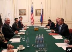 ABŞ dövlət katibi Reks Tillerson və Rusiyalı həmkarı Sergey Lavrov