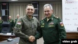 Ministri odbrane Srbije i Rusije na sastanku u Moskvi (izvor: sajt Ministarstva odbrane Srbije)