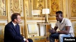 Perezida Macron na Mamoudou Gassama