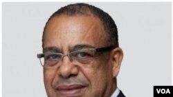 Economista avisa sobre perigo da divida angolana- 1:35