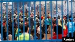 Des personnes ayant fui la République démocratique du Congo sont rassemblées au camp de réfugiés de Kyangwali, géré par le HCR, à Kyangwali, en Ouganda, le 19 mars 2018. (Photo Reuters)