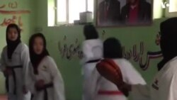 BIDIYO: Mata Na Kokawar Karate A Afghanistan