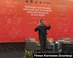 Firman Kurniawan, perilaku digital netizen Indonesia terkait erat dengan iklim kebebasan berbicara pada masa lalu. (Foto: Firman Kurniawan)
