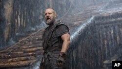 Aktor Russell Crowe dalam sebuah adegan di film 'Noah.'