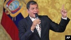 Los integrantes de esta comisión, había corroborado denuncias sobre contratos preferenciales con el estado que logró el hermano del presidente Rafael Correa.