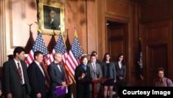 اعضای گانگرس: ویزه خاص مهاجرت برای افغانها را تمدید کنید