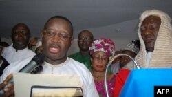 Julius Maada Bio prête serment en tant que nouveau président de la Sierra Leone, Freetown, le 5 avril 2018