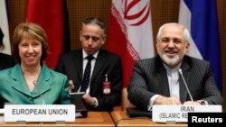 Người phụ trách chính sách đối ngoại của EU Catherine Ashton (Trái) và Ngoại trưởng Iran Mohammad Javad Zarif trong cuộc họp tại Vienna, ngày 18/3/2014.