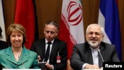 Trưởng ban Chính sách Đối ngoại EU Catherine Ashton (trái) và Ngoại trưởng Iran Mohammad Javad Zarif tại cuộc đàm phán về chương trình hạt nhân Iran, 18/3/14