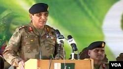 Panglima militer Pakistan, Jenderal Ashfaq Parvez Kayani. Militer Pakistan memperingatkan AS untuk tidak lagi melakukan operasi tanpa ijin di wilayahnya.