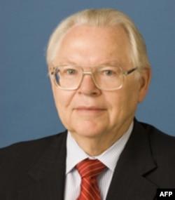 Jeyms Kollins, sobiq elchi