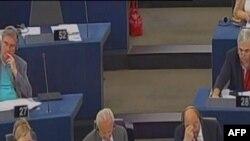 PE mbështet njohjen e pavarësisë së Kosovës