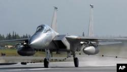 Avión F-15C Eagle como el que se accidentó en las montañas de Virginia.