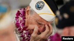 Salah seorang bekas tentara AS yang selamat dari serangan Pearl Harbor tahun 1941, Stan Swartz, ikut mengenang peristiwa Pearl Harbor (7/12).