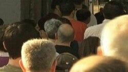 Desempleo disminuye en Espana
