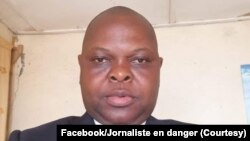 Mopanzi sango Sosthène Kambidi akangami mpo na vidéo ya bobomi ya ba experts ya ONU na Kasaï, photo ebimisaki na Facebook na Jed (Jouranluste en danger), le 24 septembre 2021.
