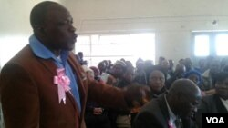 War veteran Abraham Tsikwa of Mashonaland West stressed a point at a meeting of former freedom fighters on Thursday.