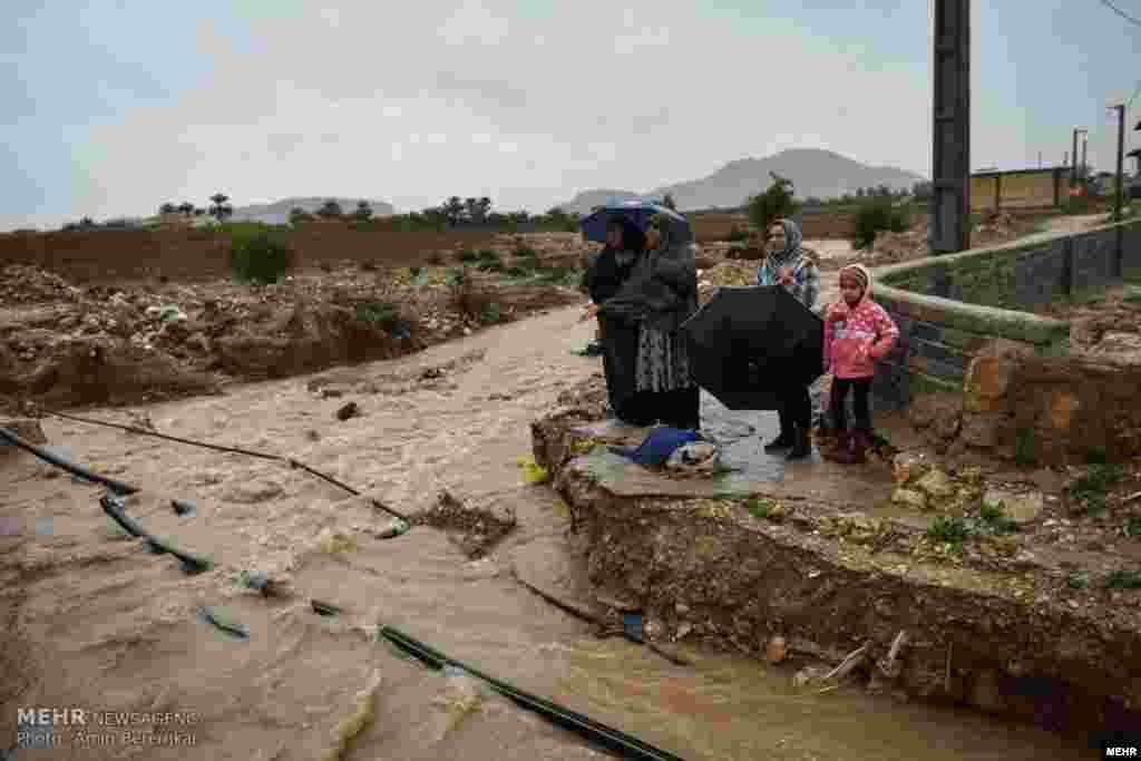 بارش شدید باران در شهرستان داراب استان فارس عکس: امین برنجکار